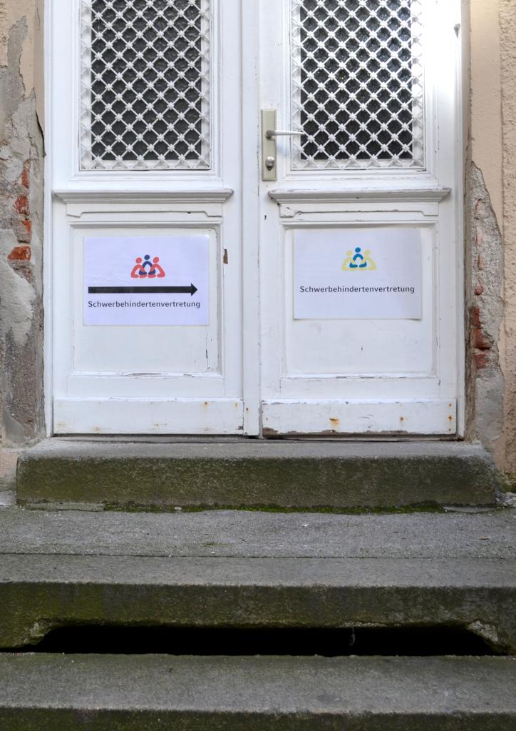 Der Eingang zur Beratungsstelle für Studierende mit Behinderung der medizinischen Fakultät der LMU München in der Pettenkoferstraße 11 ist nicht barrierefrei gestaltet.